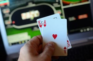 Main poker online di HP android